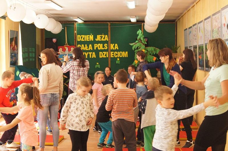 """Zdjęcia z """"Dzień Jeża"""" Cała Polska Czyta Dzieciom 13"""