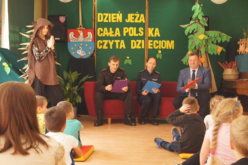 """Zdjęcia z """"Dzień Jeża"""" Cała Polska Czyta Dzieciom 15"""