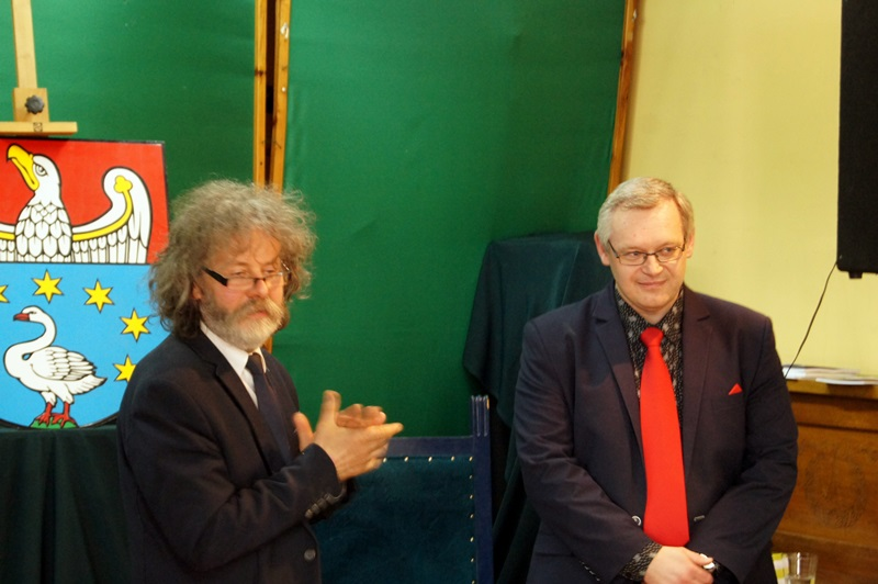 Spotkanie z poezją Piotra Wieczorka w bibliotece powiatowej