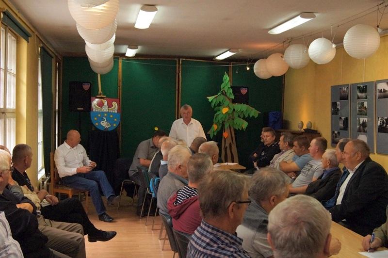 Zebranie ogólne Powiatowego Koła Pszczelarzy w Powiatowej Bibliotece Publicznej w Kępnie